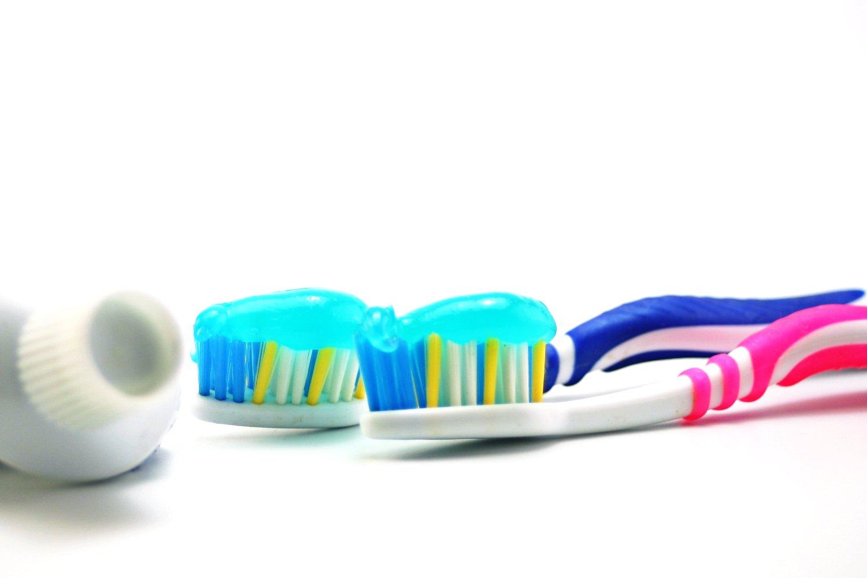 Es recomendable realizar al menos una revisión odontológica anual. Además  estas primeras visitas servirán para dar normalidad a la visita al dentista  ... 3a5107dc2450