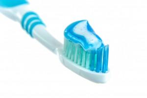toothpaste-1786388_1280-300x200